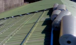 三重廠房鐵皮屋頂鋁隔毯隔熱工程_中亞鐵工廠